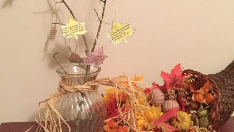 Make a Family Thanksgiving Tree